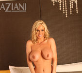 Naughty Allie Chase - Aziani 8
