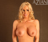 Naughty Allie Chase - Aziani 11