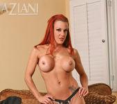 Shannon Kelly - Aziani 7