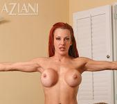 Shannon Kelly - Aziani 13