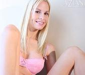 Julie Michel - Aziani 7