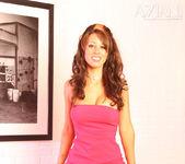 Mya Nicole - Aziani 3