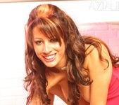 Mya Nicole - Aziani 10