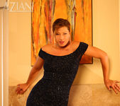 Alischa - Hot bush mature woman 3