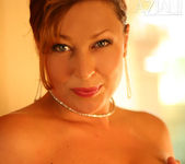 Alischa - Hot bush mature woman 7