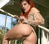 Shannon Kelly - Aziani 3