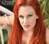 Shannon Kelly - Aziani 11