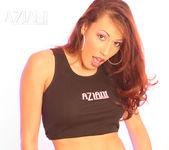 Layla Rivera - Aziani 7