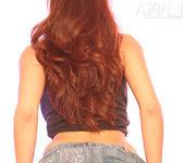Layla Rivera - Aziani 12
