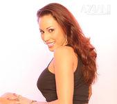 Layla Rivera - Aziani 13