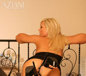 Tiffany Price - Aziani 6