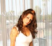 Mya Nicole - Aziani 6