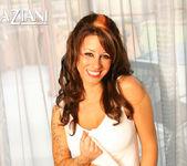 Mya Nicole - Aziani 8