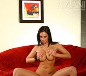 Cassia Riley - Aziani 12