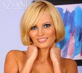 Hannah Hilton - Aziani 8