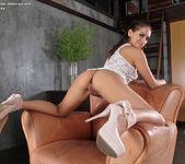 Sara Luvv - InTheCrack 5