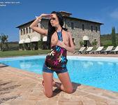 Gina Devine - InTheCrack 3