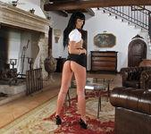 Gina Devine - InTheCrack 5