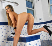Aleksa - speculum pussy in the bathroom 9