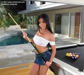Rebeca Linares - InTheCrack 2