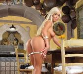 Natali Blond - InTheCrack 10