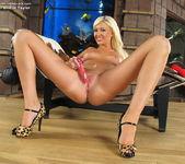 Summer Brielle Taylor - InTheCrack 13