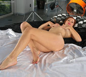 Heather Vandeven - InTheCrack 10