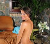 Melisa Mendiny - InTheCrack 13