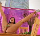 Bella Ling - InTheCrack 8