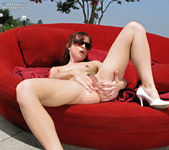 Annabelle Lee - InTheCrack 12