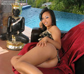 Bella Ling - InTheCrack 7