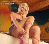Yasmine Gold - InTheCrack 5