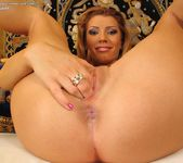 Betty Saint - InTheCrack 10
