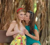 Larysa & Faye - FTV Girls 13