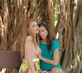 Larysa & Faye - FTV Girls 14