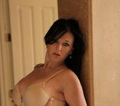 Licious Gia - Sexy Lady - Anilos 6