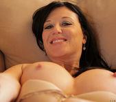 Licious Gia - Sexy Lady - Anilos 18