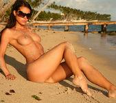 Caribbean Paradise - Melisa 13