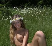 Daisies - Merit - Femjoy 8