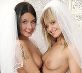 Brides - Bella Babe & Mia Manarote 6