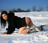Snow Field - Katie - Watch4Beauty 6