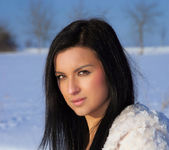 Snow Field - Katie - Watch4Beauty 13