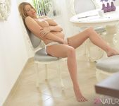 Intimate - Lexi Lowe 8