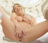 Intimate - Lexi Lowe 19
