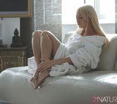 Gentle - Lindsey Olsen 3