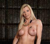 Lara De Santis - 21 Sextury 4