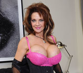 Deauxma - I Have a Wife 2