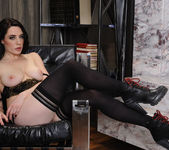 Samantha Bentley - My Friends Hot Girl 5