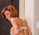 Veronica Avluv - Seduced By A Cougar 4