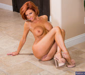Veronica Avluv - Seduced By A Cougar 7